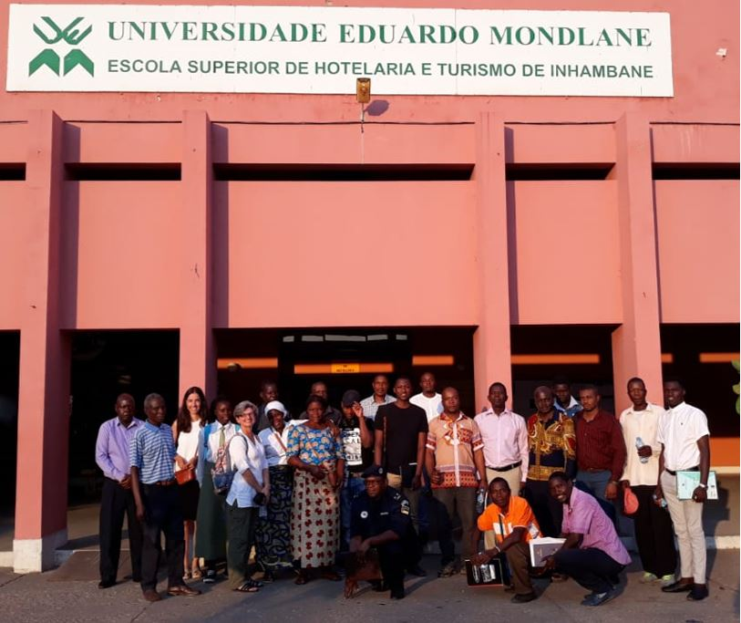 Participants of the workshop in Inhambane-Tofo beach.