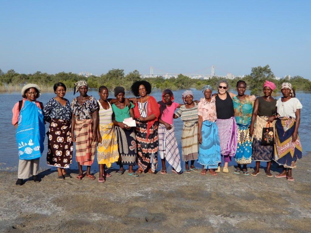 The focus group and project team with Dr Solange Macamo (far left), Incassane