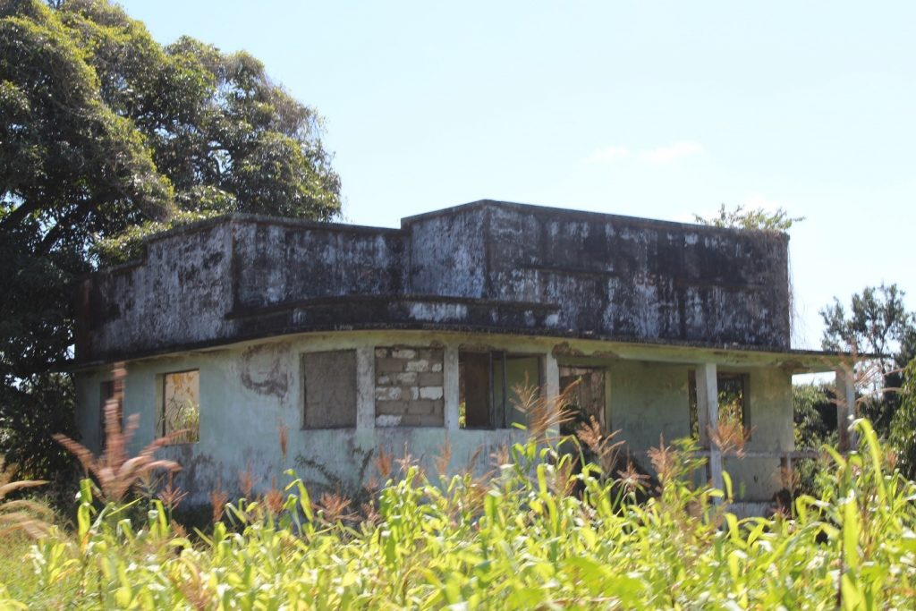 Abandoned property in Chinde