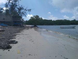 Mtwapa Beach – Deserted with no activity