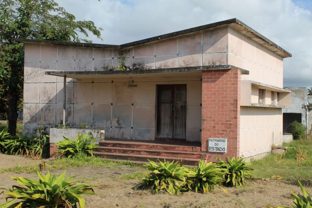 Old Chinde Library